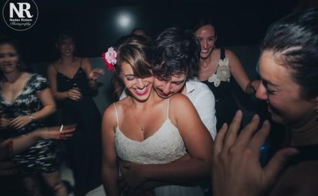 ריקודים וכיף בחתונה בהפקת וודמן