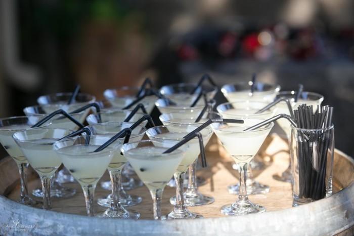 שתייה ופינוקים בחתונה