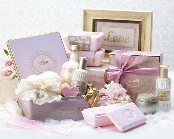 מוצרים מחברת סבון לחתונה
